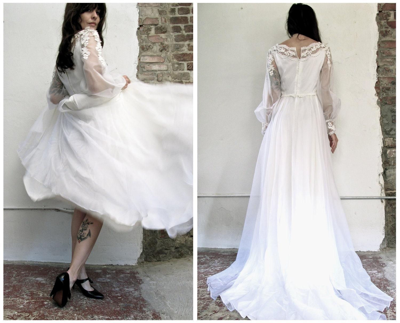 White Wedding. Vintage 1950s White Long Sleeve Wedding Dress