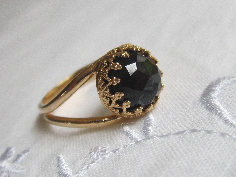 black stone gold ring - photo #2
