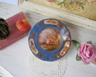 Fast Friends Plate for Dollhouse