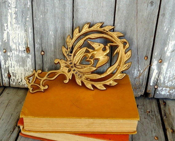 Vintage Eagle Trivet Iron Wrought Cast Metal Birchwood Gold Kitchen Decor Americana Patriotic