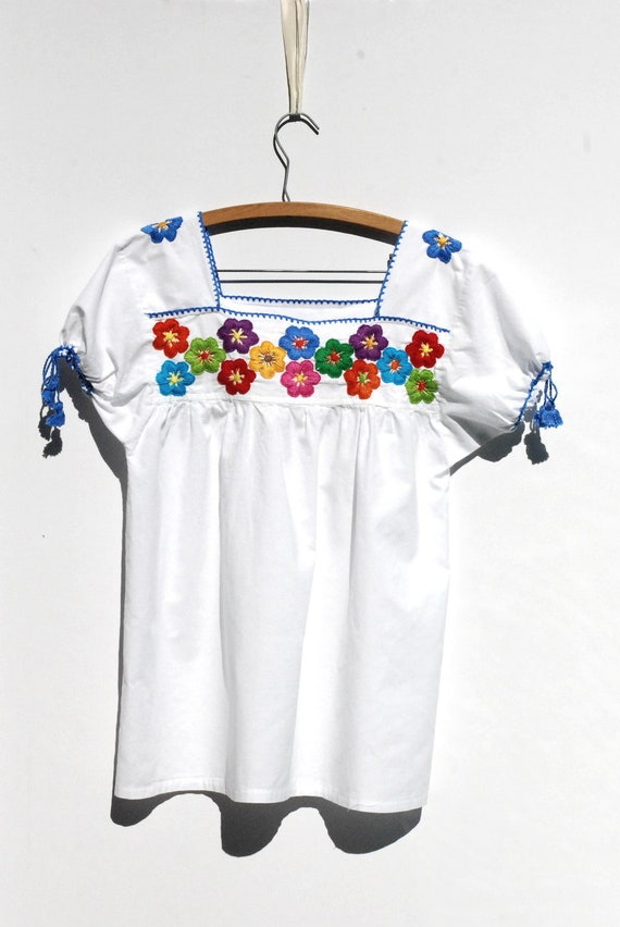 BOX OF CRAYONS Colorful Floral Embroidered Mexican Peasant Top