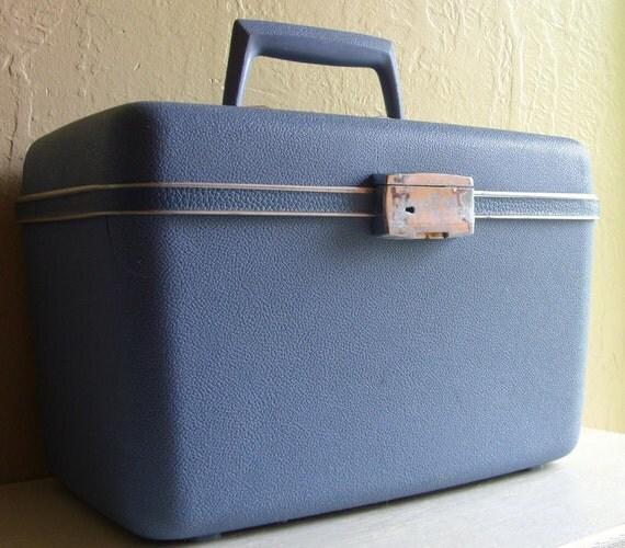 Vintage Samsonite Light Blue Travel Train Case Small Suitcase
