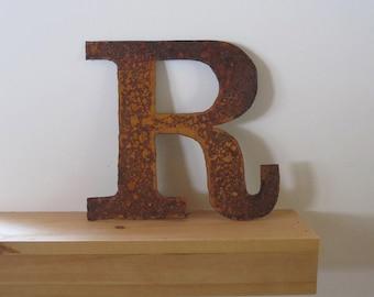 """Metal letter """"R"""""""