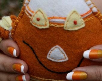 Candy Corn Artificial Nail Art