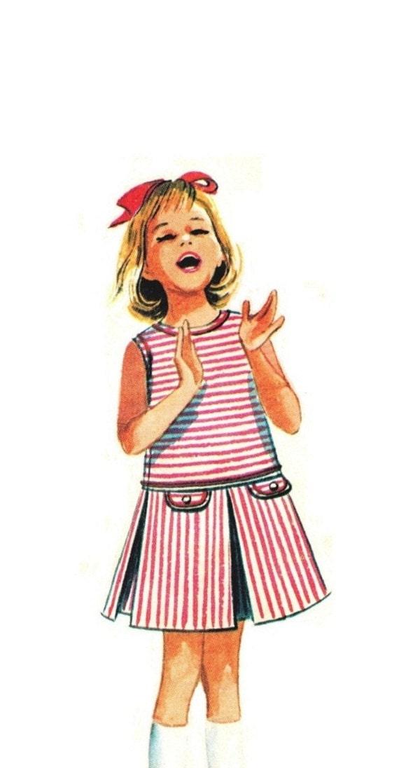 McCalls 7649 Vintage Mad Men 60s Girls Sleeveless Dress, Box Pleats, Drop Waist, V or Round Neck Size 8 b 26