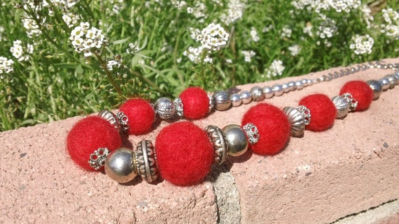 Beautiful Statement Red Felt Wool Roving Necklace Embellished with Silver Vintage Beads