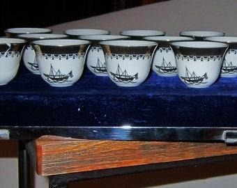 Vintage Sake Glasses Tea Cups White China Gold Gilt Fine China Blue Velvet Box Vintage Asian