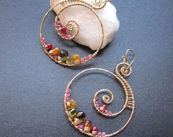 Hammered swirls with pink ruby, citrine, vessonite Luxe Bijoux 71