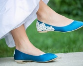 SALE - Teal Blue Bridal Ballet Flats/Teal Flats, Teal Satin Wedding Flats, Satin Flats, Teal Shoes, Blue Flats with Ivory Lace. US Size 10