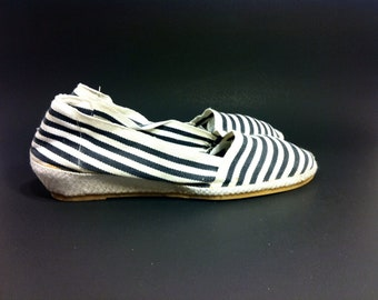 Navy Nautical Striped Flat Espadrilles 6.5 - Slip On Wedge Skimmers