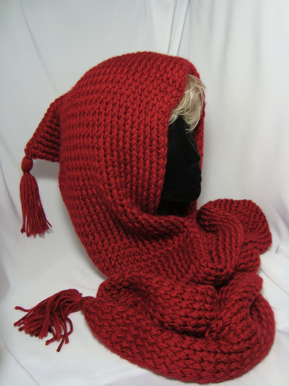 Free Loom Knitting Scarf Patterns : Hand Knit Loom-Knitted Hooded Scarf with tassels