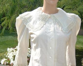 1890 La Belle Époque Era Edwardian Cream Blouse with Buster Brown Collar French Seams Gigot Sleeves