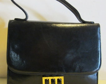 Gorgeous chic vintage Italian black leather bag Italy