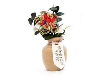 Fancy Flower Hair Pin in a Wooden Vase
