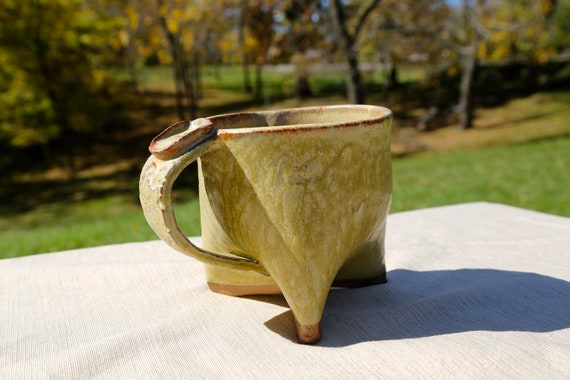 Handbuilt tripod mug