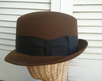 Mens Hat, brown Fedora / SALE - CAVANAGH EDGE Fedora / 1950s Mad Men Style hat / Classic Brown felt hat with black band