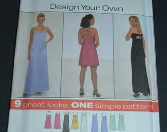 Simplicity 7967 Misses Petite Dress Sewing Pattern - UNCUT - SIzes 4 6 8