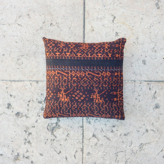SALE 35 % - TRIBAL Ikat Throw , ethnic PILLOW Cover 16x16 inch
