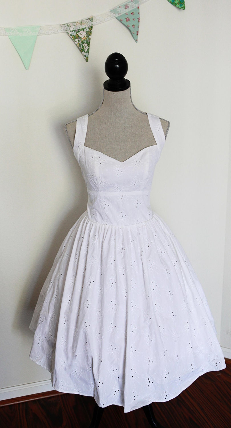 Sale short wedding dress pin up style cotton eyelet lace for Pin up inspired wedding dresses
