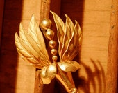 Golden Gathered Leaves Brooch/ Vintage/ Accessories/ Jewelry/ Women/ Brooches/ Madmen