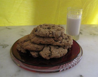 CHOCOLATE CHIPS &  OATMEAL raisin cookies