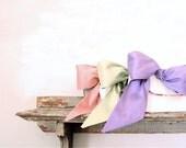 Pastel Wedding Clutch. Bridesmaid Gift. Bridal Clutch. Ivory Silk Purse. Wedding Gift. Spring Wedding. Clutch Bag. Wedding Bag. Clutch Purse