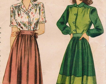 1940s Simplicity 4513 Vintage Sewing Pattern Misses Two Piece Dress, Blouse, Dirndl Skirt Size 12 Bust 30