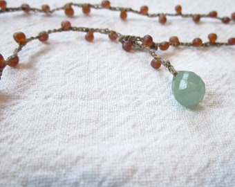 Crochet jewelry Peach and Green Adventurine crocheted lariat necklace