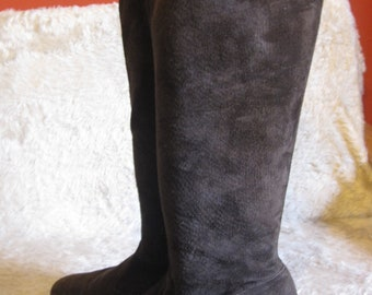 vintage brown suede boots  1970 70s gogo 1980  80s