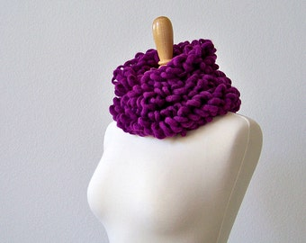 Mothers Day Gift, Chunky Crochet Scarf, Chunky Scarf, Chunky Knit Scarf, Purple Scarf, Crochet Chunky Scarf, Womens Scarves, Long Scarf