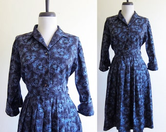 Vintage 1950s Dress / BLUE VALENTINE Cotton Shirt Dress / Size Small