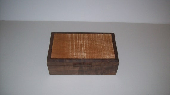 Dynamite Walnut Box with Fiddle Back Maple Inlayed Top 10''x6''x3 1/2'' Handcrafted top made from musical grade maple