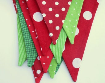 READY to SHIP Christmas Banner/ Fabric Holiday Bunting in Red and Green/ Polka Dots and Striped Garland/ Photo Prop