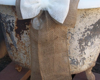 Wedding Decorations, Burlap Pew Bows, Burlap and Lace, Rustic Wedding Decor, Country Wedding, Cottage Chic Wedding