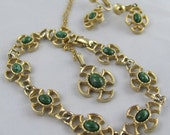 Avon Parure set of Bracelet Earrings & Necklace Pendant Green Stone Gold Celtic Cross Jewelry