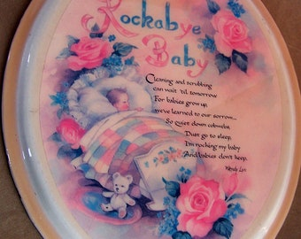 "Vintage 60's WENDY LYN ""Rockabye Baby"" Oval Plague / Wall Picture   Made in Canada"