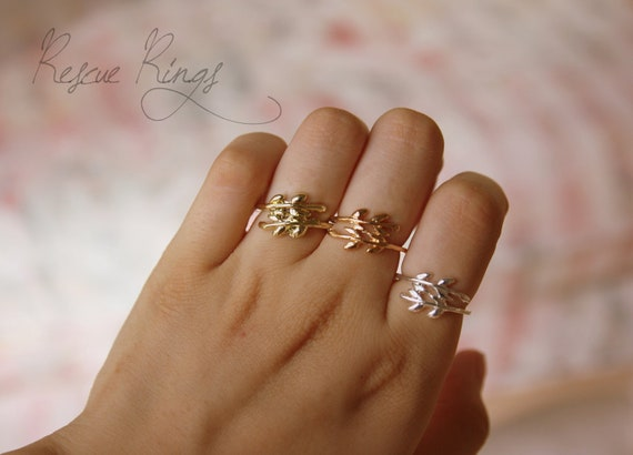 PICK A COLOR- Cute Leaf Ring