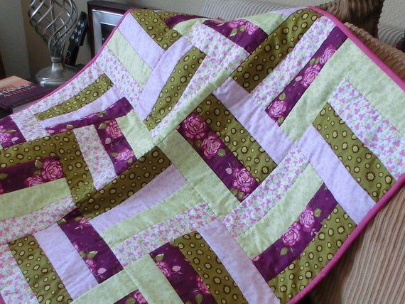 """Baby Crib Quilt in Mint & Lavender 30.5"""" square, Hand Quilted - FREE SHIPPING to USA"""