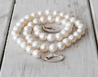 White Pearl Necklace, Pearl Wedding Necklace, Knotted Real Pearls & Sapphire Jewel Clasp Statement Necklace, June Birthstone Pearl Jewelry