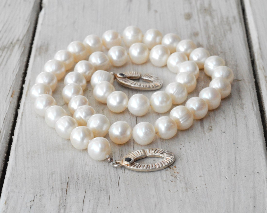 White Pearl Necklace Pearl Wedding Necklace Knotted Real