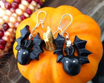 Halloween Jewelry, Halloween Bat Earrings, Scary Black Bat Earrings  H 02