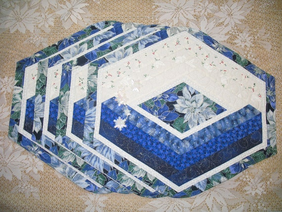 Quilted Placemat - Blue Poinsettia 125