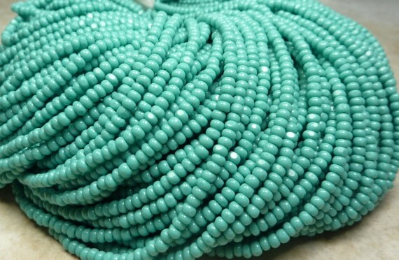 8/0 1 Cut Opaque Turquoise Czech Glass Charlotte Seed Bead Strand (CW4)