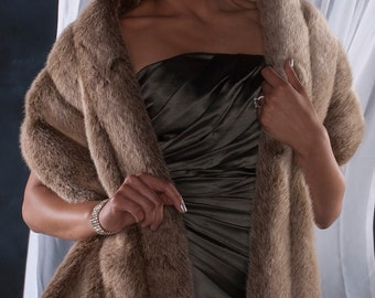 "Frosted Light Brown faux fur Winter wedding Stole shawl wrap 72"" length FOUR grooved rows wide"
