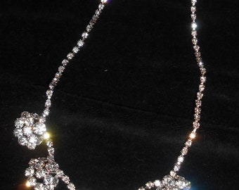 RHINESTONE Necklace-VINTAGE Stunning sparkling- clear rhinestones-Vintage Ladies Choker-vintage jewelry-gift idea-bridal wedding accessory
