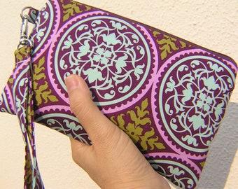 Wedding Clutch 2 pockets, discount plan set, makeup, travel, medium, purple  - Scrollwork in Lilac