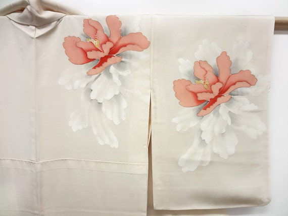 Reserved for Laurie - Vintage Japanese kimono - hand painted silk