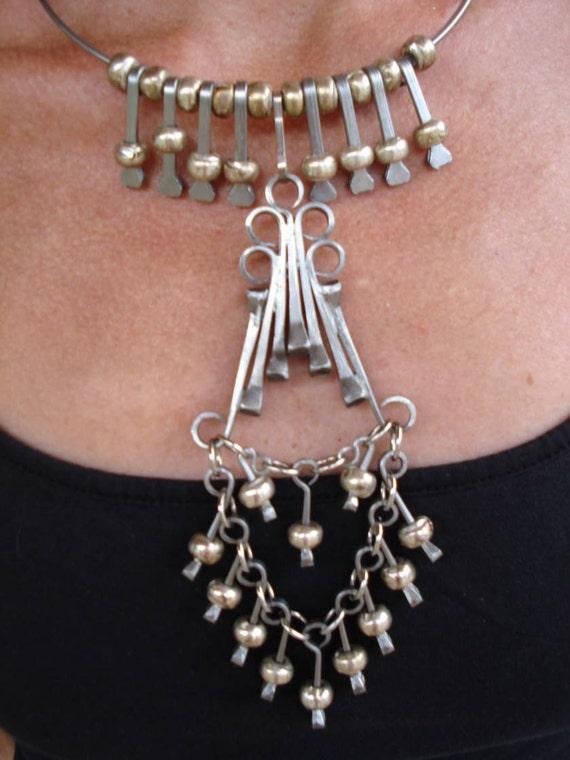 1970s Boho Disco Hippie Bib Choker Necklace 2012386