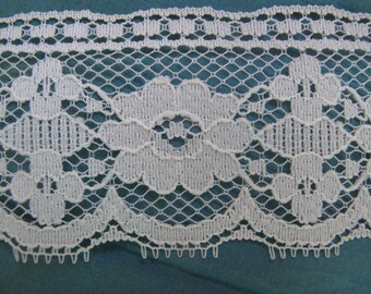 Martha Pullen Beautiful Lace By the Yard