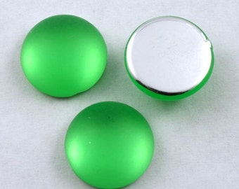 15mm Smooth Frosted Lime Green Cabochon (10 Pcs) #282